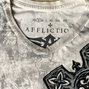 Affliction Shirts - Affliction cross ^ wings T SMALL